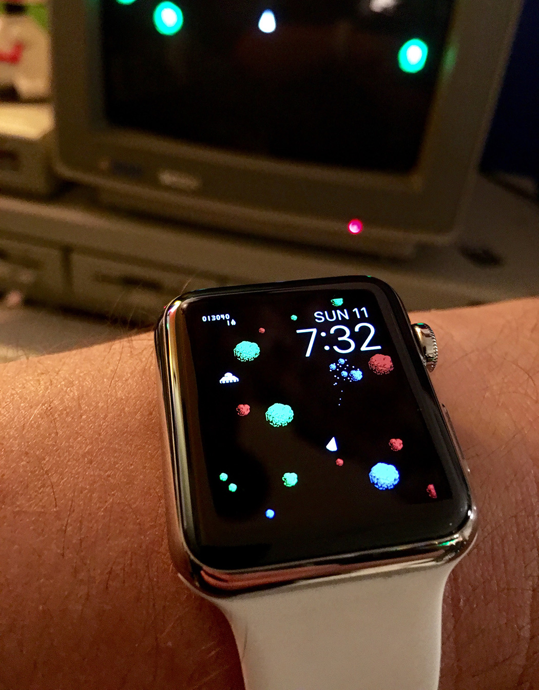 megaroids_apple_watch